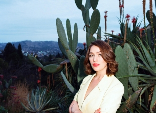 Lola Kirke Joins The Ground Control Touring Artist Roster
